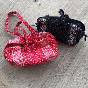 Vera Bradley zipper top shoulder bag